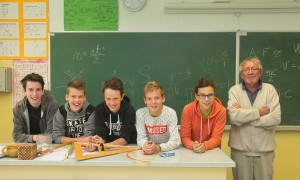 ekipa OŠ Mengeš, fizika